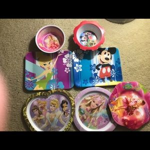 Kids bowls and plates 4 items are Disney + more